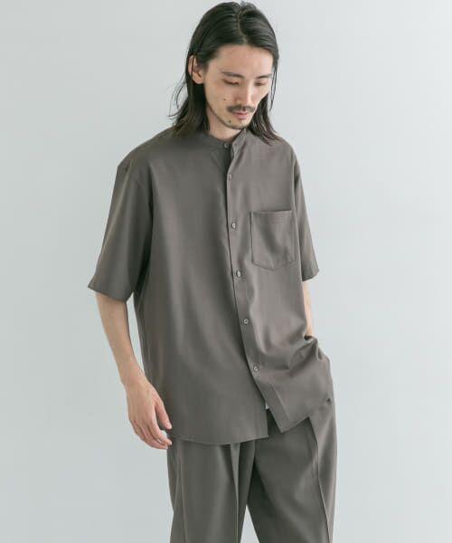 URBAN RESEARCH / アーバンリサーチ シャツ・ブラウス | WASHABLEウールショートスリーブバンドカラーシャツ(TAUPE)