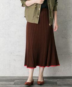 """<!--ここから↓WEB限定コメント--><strong style=""""font-weight:bold;"""">【裾のカラーラインが印象的なニットスカート】</strong><br><!--ここから↑WEB限定コメント-->柔らかい落ち感のあるニット素材と、色の配色にこだわったアイテム。発色の良い、ピンクとグリーンのアクセントカラーが目を惹きます。リブ編みのニットスカートには珍しい綺麗なフレア感がとても可愛く、一足先に取り入れたい1枚です◎<br><br><!--ここから↓WEB限定コメント--><strong style=""""font-weight:bold;"""">◆STYLE</strong><br><!--ここから↑WEB限定コメント-->一枚で主役になるデザインなので、シンプルなトップスを合わせて頂くだけで様になります。夏の終わりにはTシャツと、寒い季節にはKNIT×KNITのスタイリングもおすすめです。<br><br>※伸縮性あり<br>※この商品は、商品自体の重さで伸びてしまうことがあります。洗濯の際は平干しし、保管の際はたたみ保管にしてください。"""