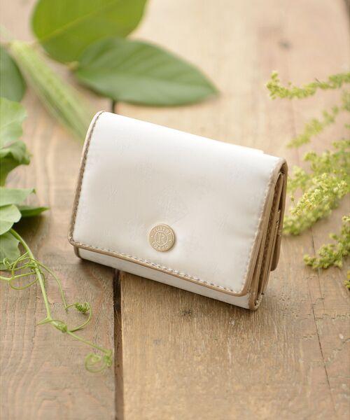 russet / ラシット 財布・コインケース・マネークリップ | 三つ折り財布(soeru)(オフホワイト)